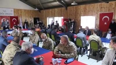 BİNGÖL - 2 İdlib şehidinin yakınlarına devlet övünç madalyası ve beratı verildi
