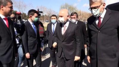 BİNGÖL - Bakan Karaismailoğlu, Valilik ve Belediyeyi ziyaret etti