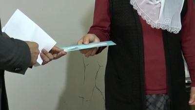 sosyal belediyecilik - DİYARBAKIR - Diyarbakır Büyükşehir Belediyesi 'sosyal kart' uygulamasını hayata geçirdi