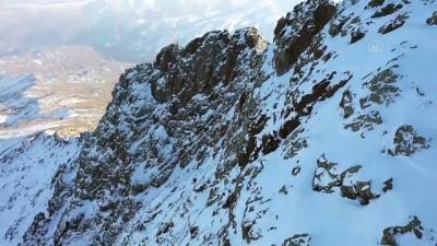 IĞDIR - 'Dağcının eli kayaya değecek' deyiminin hayat bulduğu yer: Tekelti Dağı