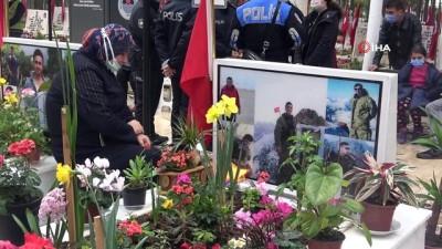askeri helikopter -  Mersin Şehitliği'nde duygulandıran tören