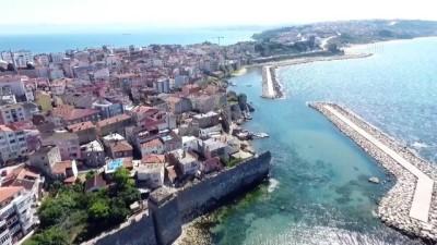 SİNOP - 'Mutlu kent' Sinop'ta turizmcilerden vatandaşlara 'Kovid-19 tedbirlerine uyalım' çağrısı
