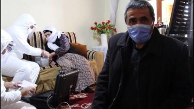 VAN -  Hasta ve yaşlılara 'evde nüfus cüzdanı' hizmeti devam ediyor