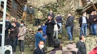 ARTVİN - Soylu: '(Dereiçi köyündeki yangın) Karşı karşıya kalınan mağduriyeti gidermek bizim görevimizdir'