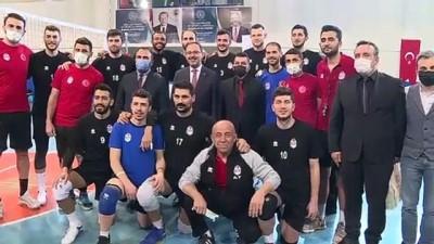 BİTLİS - Gençlik ve Spor Bakanı Kasapoğlu, ziyaretlerde bulundu