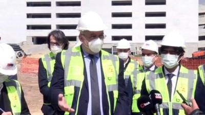 KİLİS - Almanya'nın Ankara Büyükelçisi Jürgen Schulz, Kilis'te hastane inşaatını inceledi
