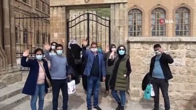 - Mardin'de hafta sonu turist yoğunluğu