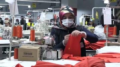 BİTLİS - Üretilen tekstil ürünleri Avrupa ülkelerine ihraç ediliyor