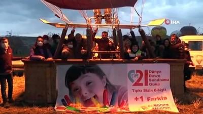Down Sendromlu çocuklar Kapadokya'da balona bindi