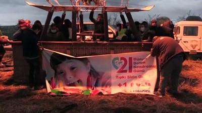NEVŞEHİR - Kapadokya'da down sendromlu çocuklar sıcak hava balon turuna katıldı