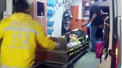 agir yarali -  Motosikletine çarptıkları çöp toplayıcı genci döverek hastanelik ettiler