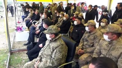milletvekili -  Suriye sınırında yağmur altında fidanlar toprakla buluşturuldu