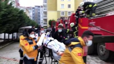 en yasli kadin - EDİRNE - Evde çıkan yangında dumandan etkilenen yaşlı kadın hastaneye kaldırıldı