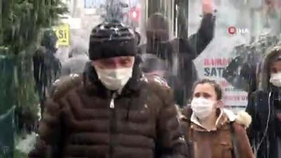 Bursa'da kar ve fırtına