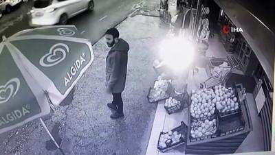 Markete silahlı saldırı güvenlik kamerasında