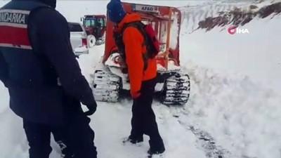 Kar ve tipi nedeniyle mahsur kalan vatandaş kurtarıldı