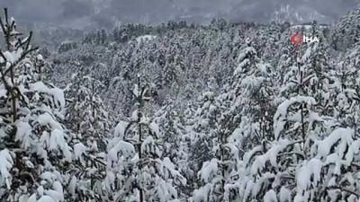 Karabük'ün yüksek kesimlerinde kar yağışı devam ediyor