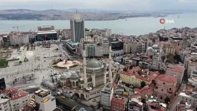 konferans -  Taksim Camii Ramazan ayına hazırlanıyor