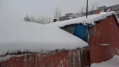 Bitlis'te 185 köy yolu ulaşıma kapandı