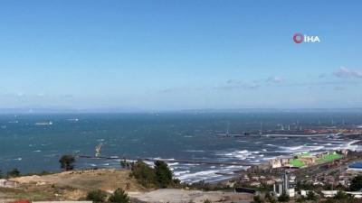 deniz trafigi -  Gemiyi karaya oturtan fırtına yerini gökkuşağına bıraktı