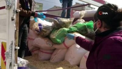 Ağrı'da saman çuvallarının altına gizlenmiş 358 kilo eroin ele geçirildi