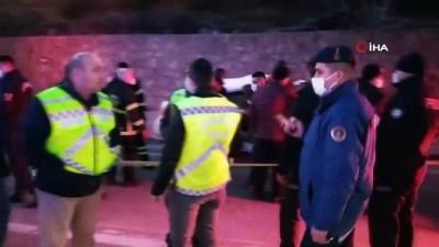 ali il -  Yolcu otobüsü ile otomobil çarpıştı: 3 ölü, 11 yaralı