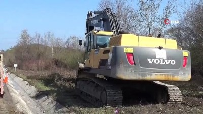 karayollari -  Heyelan bölgesinde servis yolu çalışmaları başladı