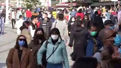 yabanci turist -  Taksim ve İstiklal'de hafta başı yoğunluğu: Maske takmayanlar gözden kaçmadı