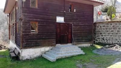 2 asırlık Osmanlı yapıtı çivisiz camii, tarihe ışık tutuyor