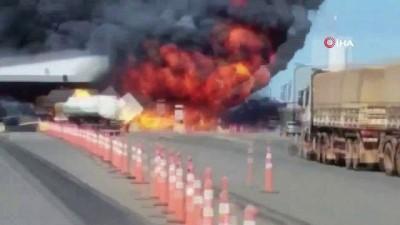 dera -  Deodorant yüklü kamyon patladı: 4 ölü, 8 yaralı