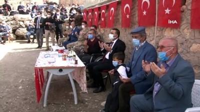 Siirt'te Ekmekçiler köyü şehitleri unutulmadı