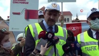 belediye baskani -  Sivas'ta yaya geçitlerine kırmızı çizgiler çekildi