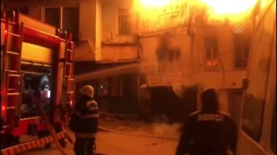 yardim cagrisi - KAHRAMANMARAŞ - Ev yangınında yaşlı çift yaralandı