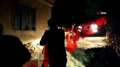 askeri helikopter -  Kahramanmaraşlı Şehit Ast. Kd. Başçavuş Mehmet Demir'in ailesine acı haber verildi