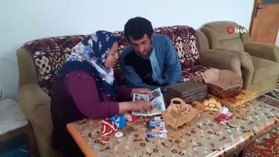 hediyelik esya -  Elmas anne, işitme engelli oğluna 35 yıldır destek oluyor