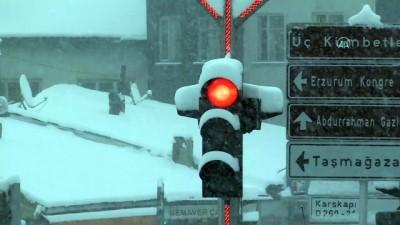 kar temizleme - ERZURUM - Kar yağışı etkili oluyor