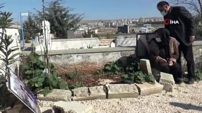 katliam -  Üniversite okuduğu Mersin'de öldürülen Feray Şahin mezarı başında anıldı