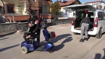 Belediye Başkanı Dinçer'den engelli vatandaşa akülü araç sürprizi