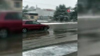 trafik sorunu -  - Kırgızistan Nisan ayının ilk gününde beyaza büründü