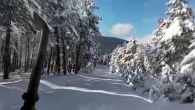 Nisan ayında yağan kar kartpostallık görüntüler oluşturdu