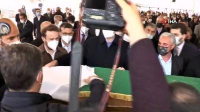 cenaze namazi -  Adalet Bakanı Abdulhamit Gül'ün annesi son yolculuğuna uğurlandı