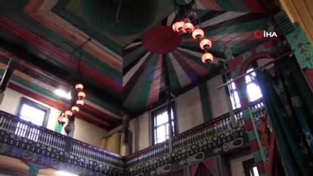 gard -  Ahşap caminin minaresi yıkılınca imece usulü ile direği hazırlandı