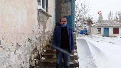 Köy bekçisinin cami hoparlöründen evde kalın çağrısına muhtarlardan destek