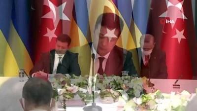 """Ukrayna Devlet Başkanı Zelenskiy, """"Türkiye'nin egemenliğimizin toprak bütünlüğümüzün yeniden tesis edilmesi konusundaki desteği Ukrayna için son derece önemlidir"""""""