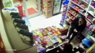 Polisten kaçan yankesici tepetaklak düşünce yakalandı...O anlar kamerada