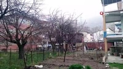 yagan -  Çiçek açan kayısı ağaçları beyaza büründü, çiftçiyi telaş sardı