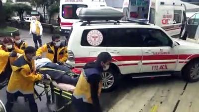 Kontrolden çıkan araç ağaca çarparak durabildi: 2'si ağır 3 yaralı
