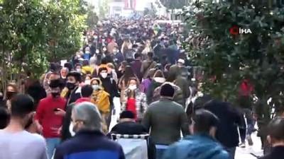 kalaba -  Taksim ve İstiklal Caddesi'nde insan seli
