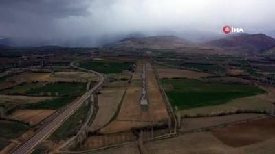 İlk yerli ve milli uçakların iniş yaptığı havaalanı yeniden faaliyete geçiyor