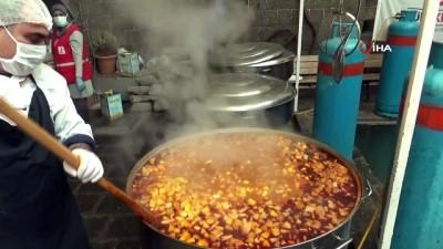 iftar yemegi -  Kızılay Diyarbakır şubesi, 180 bin kişiye iftar yemeği ve kumanyası ikram edecek